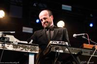 MATTHEW HERBERT'S BIG BAND